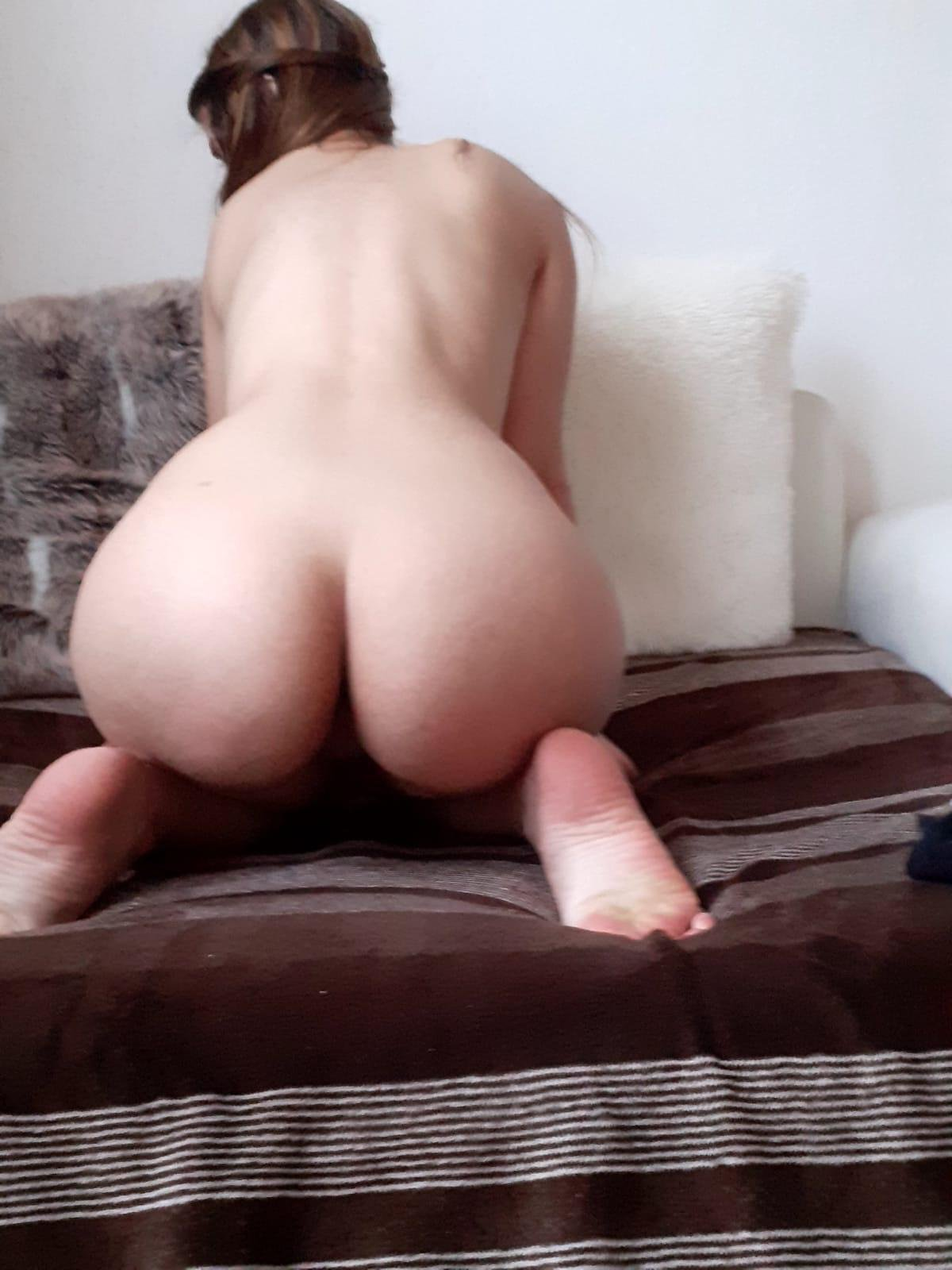 Monique uit Gelderland,Nederland
